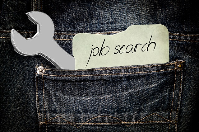 Find jobs with these job hunting apps