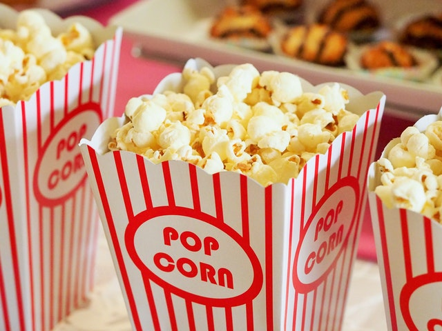 Enjoy the TV Shows, Football matches and dramas with pop corns in HD